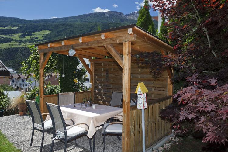 urlaub in schlanders, vinschgau - pension claudia mit garten, Gartenarbeit ideen